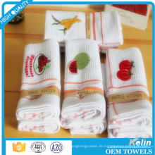 billiges weißes Baumwollhandtuch der Waffelwebartwebart mit Stickereientwurf