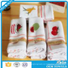 barato toalla de té blanca llana del algodón de la armadura de la galleta con diseño del bordado