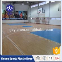 Maple diseño de cancha de baloncesto en interiores deportivos