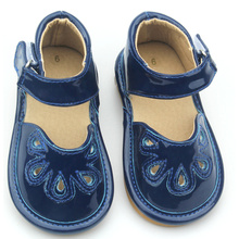 Small MOQ Kid Shoes Children Piepende schoenen