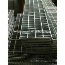 Guangzhou de alta calidad galvanizado drenar rejilla para la venta