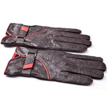 Men Fashion Wrinkled Sheepskin Leather Driving Gloves (YKY5185)