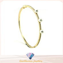 Women′s Jewelry White Pearl 925 Sterling Silver Golden Plating Bracelet Bangle Gift G41246