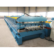 Double layer forming machine for roof panel and roof tile
