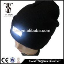 Novo estilo de moda de malha chapéu de inverno mulheres com luzes led personalizado aceitar