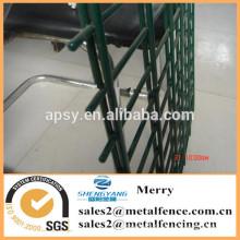 Panneau / feuille de barrière de grillage de fer soudé par métal de 1 pouce