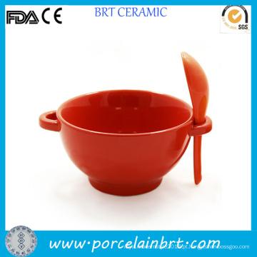 Tigela de sopa de arroz-vermelho cerâmica com colher