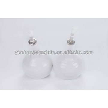 Neues Design Weiß Keramik Olivenöl und Essig Flasche für den Verkauf