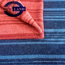 Tissu épaissi en molleton mélangé rayé teint dans la masse, 100% polyester