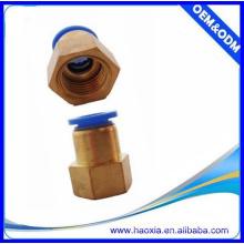 Hot Sale PCF Raccords pneumatiques pour tuyaux Raccord femelle Raccord en tube de cuivre