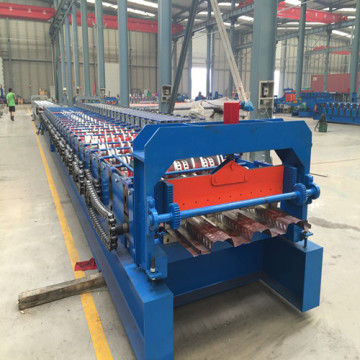 Hebei Operator rouleau de tablier métallique formant la machine
