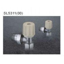 Angle de valve de radiateur en laiton en Chine
