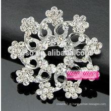 Broche de flores em cristal de prata e caixa de presente