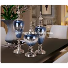 El nuevo estilo europeo moderno vende al por mayor Shinning la decoración casera del vidrio azul