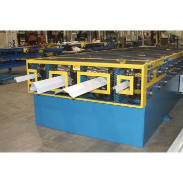Machine de formage de rouleau de quille de qualité standard en acier