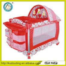 China-Warengroßverkauf-Qualität 2015 neuer Baby-Laufstall
