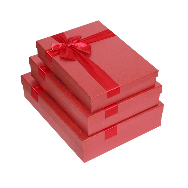Red Fancy Paper Gift Box