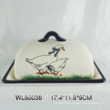 Прекрасная керамическая пластина для сыра с крышкой