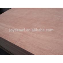 Sperrholz für Möbel und für Dekoration