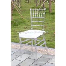 Belle chaise de mariage tiffany chiavari empilable
