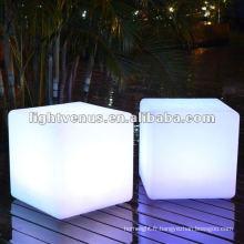 Nouveauté! New & Hot Party / Couleur changeante LED cube lumière chaise