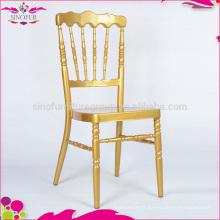 Sorties d'usine, chaise napoléon en métal doré