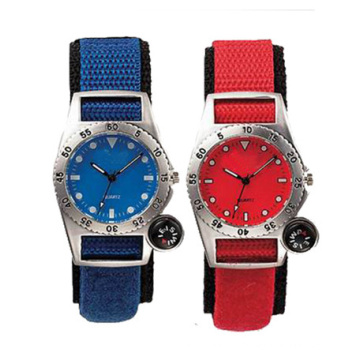 High Quanlity Stainless Steel Nylon Strap Sport Watches for Men, Cheap Price Men′s Wrist Watch