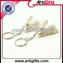 Llavero promocional del conejo del metal del diamante artificial