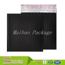 Mehrzweckklebstoffmetallischer Aluminiumfolie-Film-kundenspezifische Mattschwarz-Blasen-Versandtaschen mit Logo