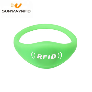 Polsino in silicone RFID NTAG215 NFC Chip