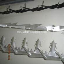 Powder Spike Wall Spike Dengan Warna Hijau