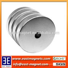 ISO / TS 16949 Certified Sintered Neodym Magnetic Disc Form Material / Ring ndfeb Magnet zum Verkauf