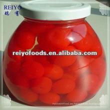 Cereza roja en conserva en almíbar