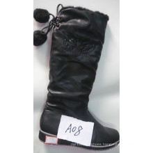 New Arrival Fashion Flat Ladies Boot with Charm (S 20-3)