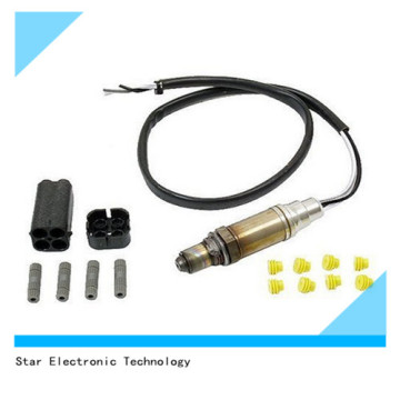 Universal Car/Vehicle Accessories/Parts Bosch Oxygen Sensor with Connectors 15730
