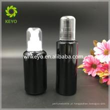 Garrafa cosmética preta da bomba de embalagem da garrafa de vidro da garrafa de vidro 100ml geada