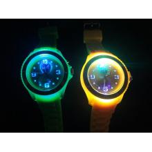 2014 New Cheap Popular Men Women Silicone Ice Watch (BZ-SW105)