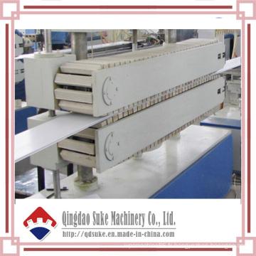 Machine d'extrusion de panneau de plafond en PVC -Suke Machinery