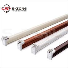 Pista de la cortina flexible de la S-zona para el deco casero
