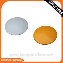 Venta al por mayor Tráfico Seguridad Blanco o Amarillo Durable ABS Plástico No reflectante Rasied Road Marker