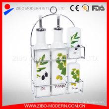 Набор керамических фарфоровых бутылок с металлической стойкой