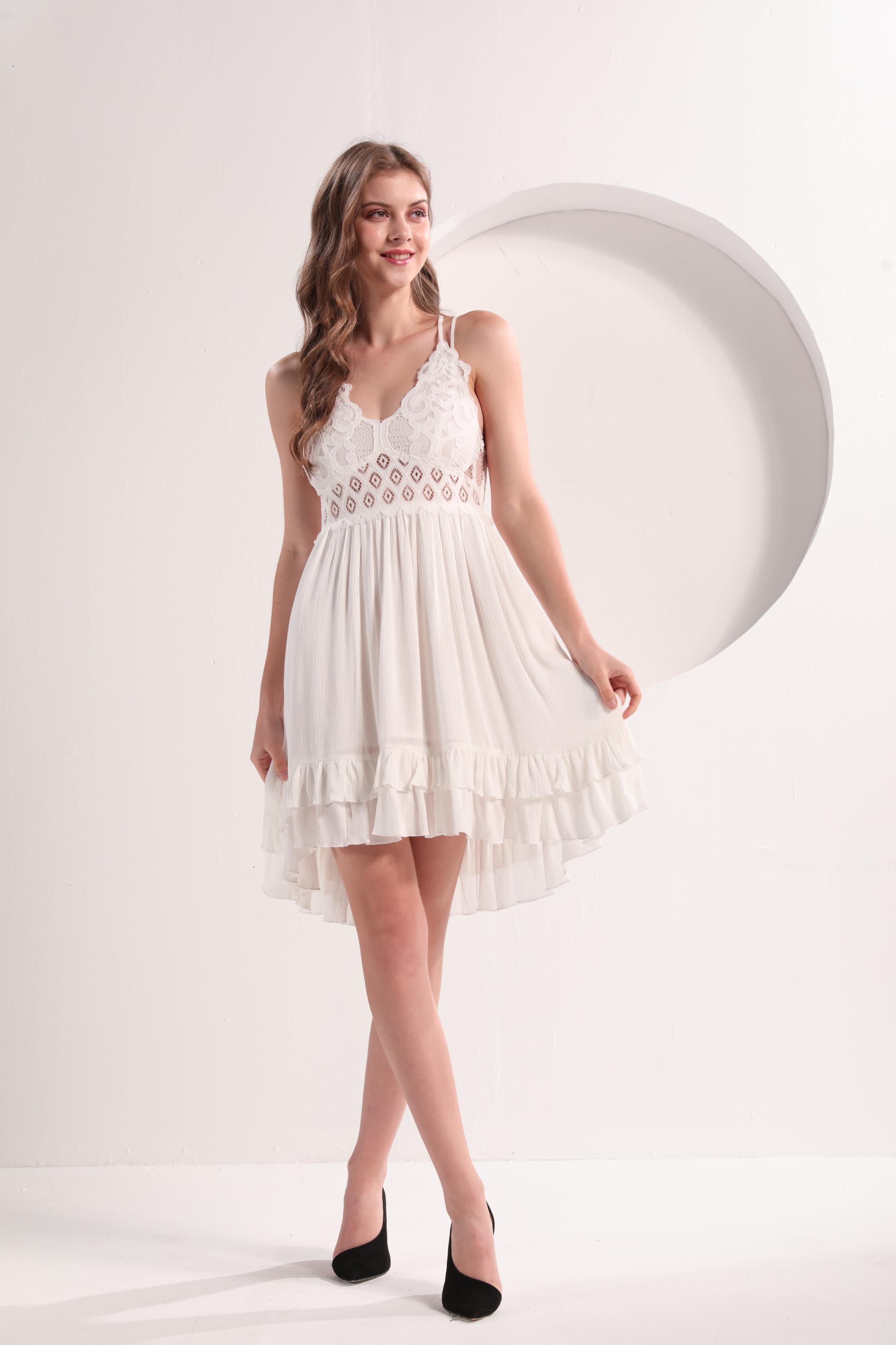 Ladies' Lace Dress