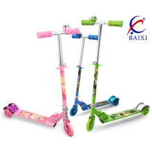 Scooters pour enfants avec roue à DEL (BX-3208)