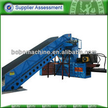 Press baler for hays