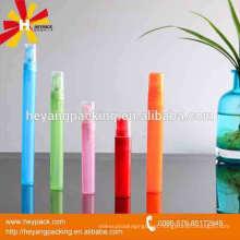 Frasco de perfume colorido da venda quente com pulverizador