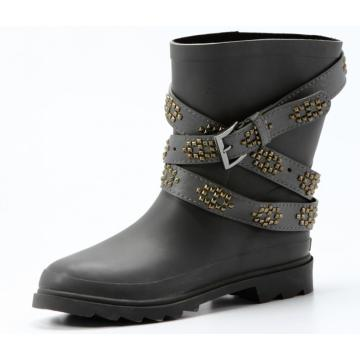 Strongly Designed Black Pointed Rubber Boots
