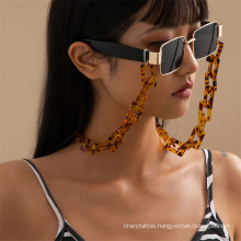European and American Golden Hip-Hop Fashion Acrylic Leopard Print Chain Hanging Neck Rope Mask Chain Reading Glasses Sunglasses Chain Glasses Chain for Women