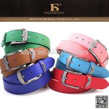 Fábrica de proporcionar directamente a la moda de moda coloridas mujeres de moda cinturones