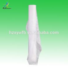 Na folha de cama descartável de toalha do rolo