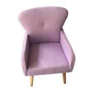Sofá de solteiro lilás